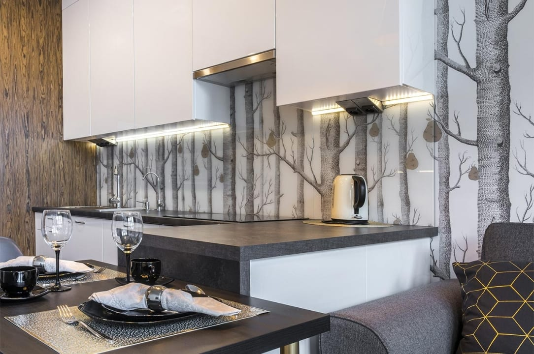 Wallpaper & Wall Coverings- Helm Paint Services