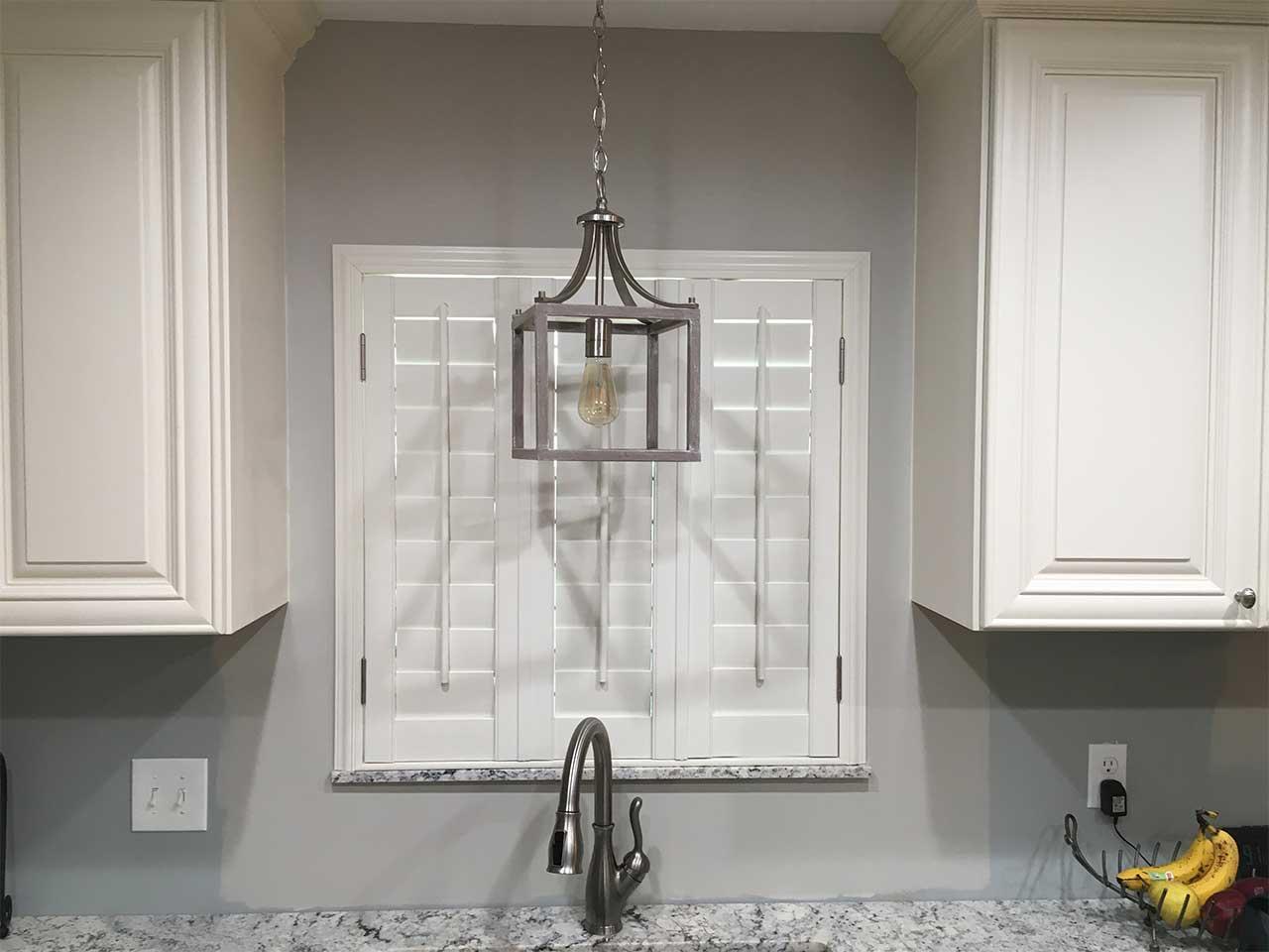 3 panel plantation shutters