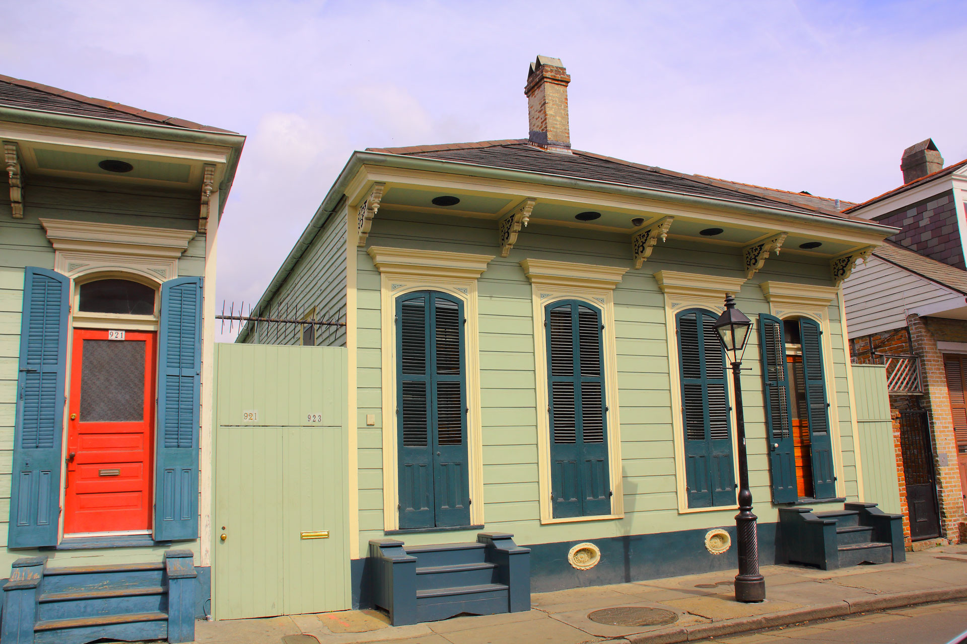 French quarter houses painted
